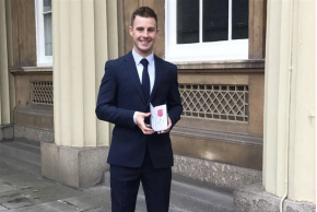 Jonathan Rea receives MBE