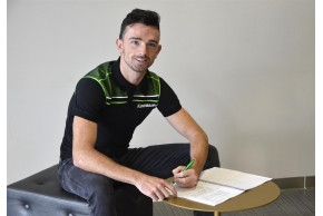 Glenn Irwin Confirmed As Riding For Kawasaki In 2019 British Superbike Championship