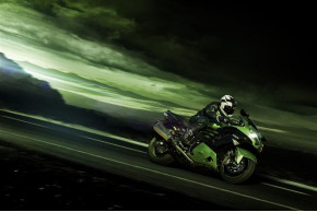 ZZR1400 2016: Kawasaki's flagship thrill-seeker refined