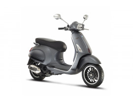 BRAND NEW UNREGISTERED VESPA SPRINT £700 OFF RRP